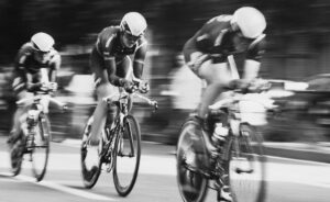 Read more about the article How cycling helps to overcome business challenges [Part 2]: Develop a strong purpose, work in roles, thrive in networks