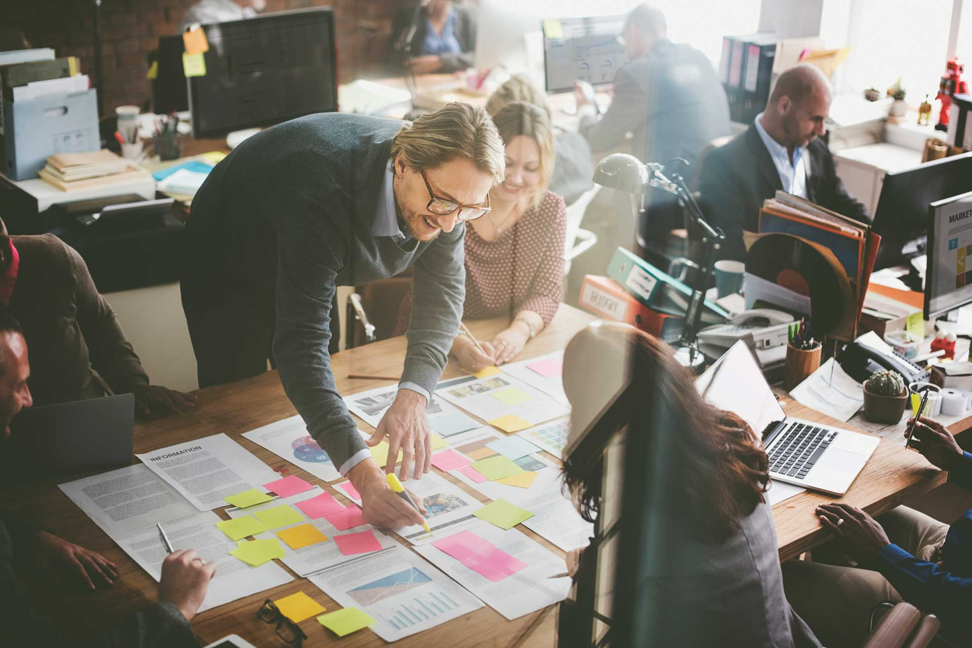 How to create a strategic narrative that guides your company through digital transformation